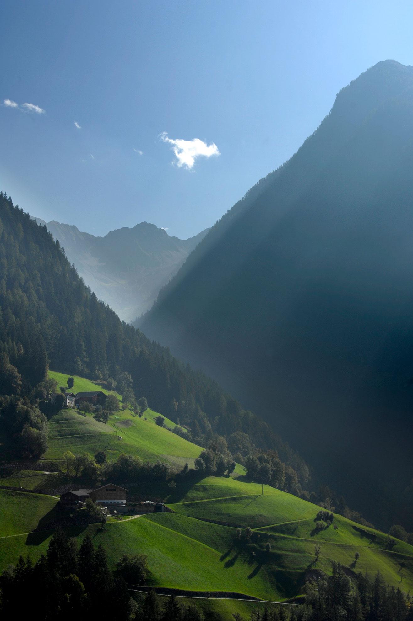 Hike Italy Alta Badia To Cortina Dolomite Mountains
