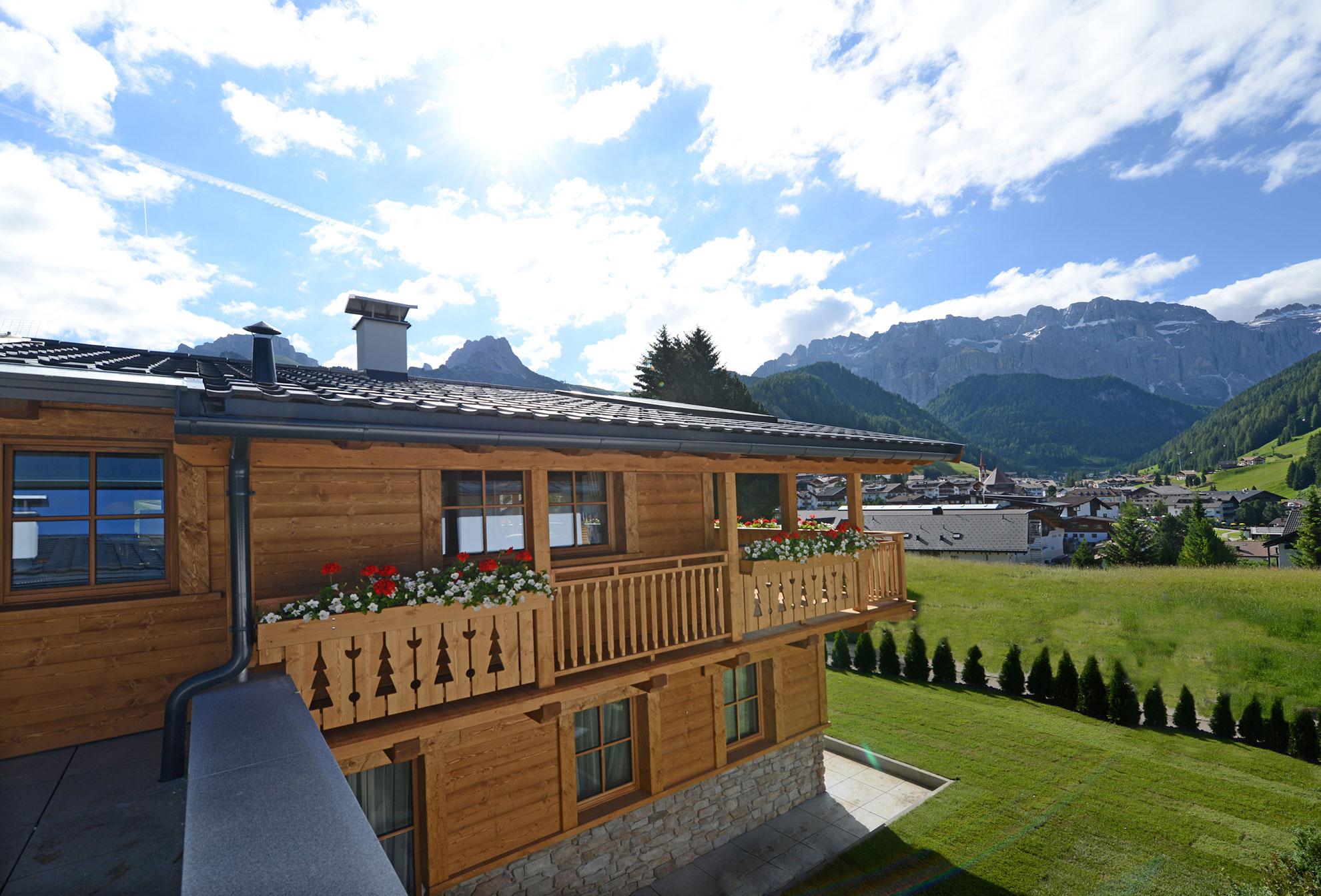 Pine Lodge Dolomites Luxury Chalet Dolomite Mountains