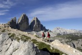 Hiking Traverse: Val Gardena, Alta Badia, & Cortina d'Ampezzo – 9 Days