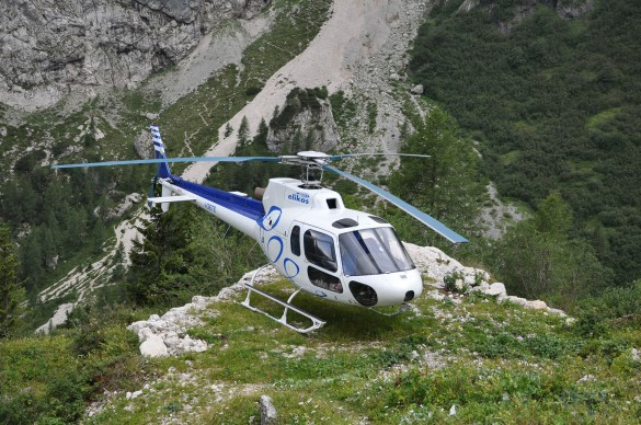 Luxury Heli-Hiking Adventure in the Dolomites