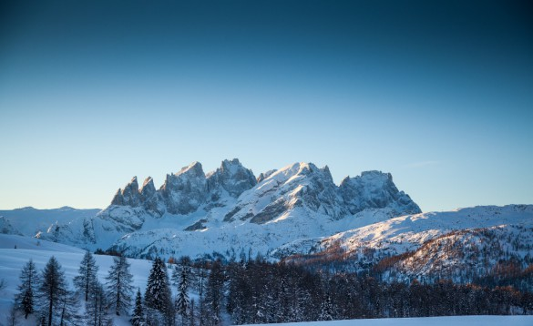 TRAVELLER'S GUIDE - Skiing in Italy