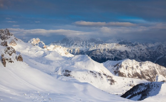 THE HUFFINGTON POST - Ski Safari vs. Backcountry Ski Tour In the Dolomites