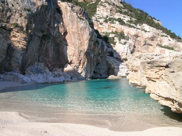 PRIVATE CLUBS - Trailblazing in Sardinia