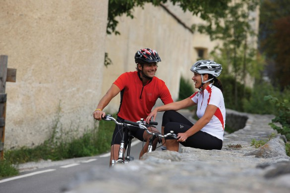 JUST LUXE - Join the Bicycle Tourism Movement With a 7-Day Gourmet, Wine & Bike in Tour in Italy