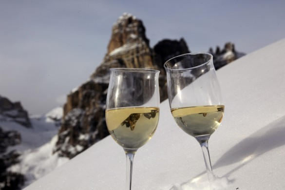 """DAILY TRAVELLING NEWS - Promueven en Argentina el """"Ski Safari"""" en las montañas Dolomitas"""