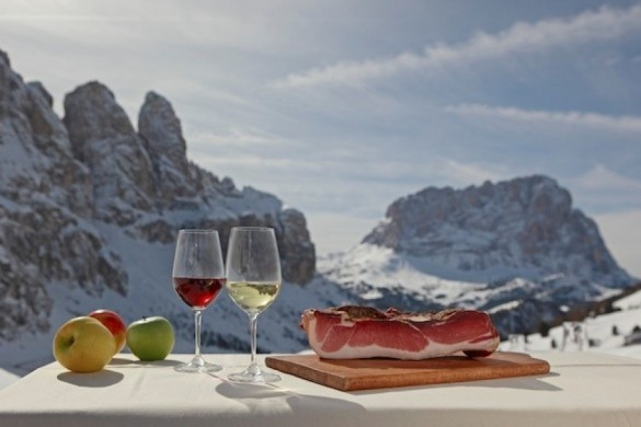 El Patio Magazine - Un safari gourmet sobre esquìs en los Dolomites
